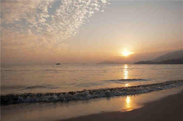 香港海岸-励志大学