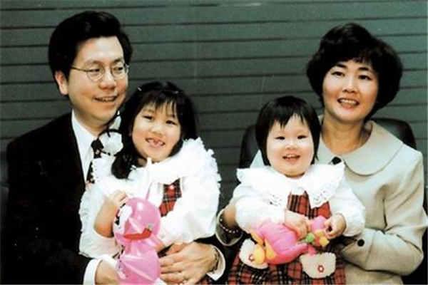 李开复家庭-李开复妻子-李开复女儿-李开复患淋巴癌