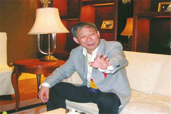 严和介太平洋建设集团董事长-十大创业领袖严和介