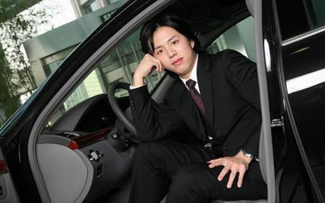 李云迪代言照_励志大学