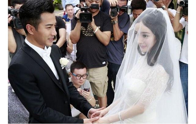 杨幂刘恺威结婚照片_励志大学