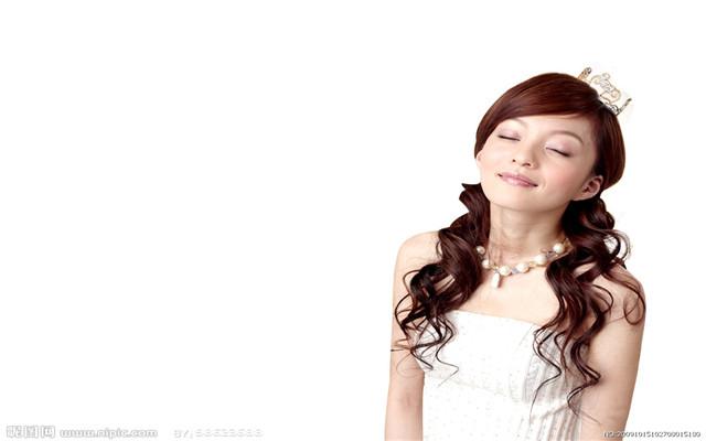 张韶涵图片_励志大学