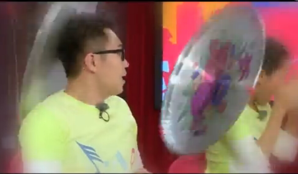"""""""跑男""""乱入《煎饼侠》预告-大鹏红到""""没朋友"""""""